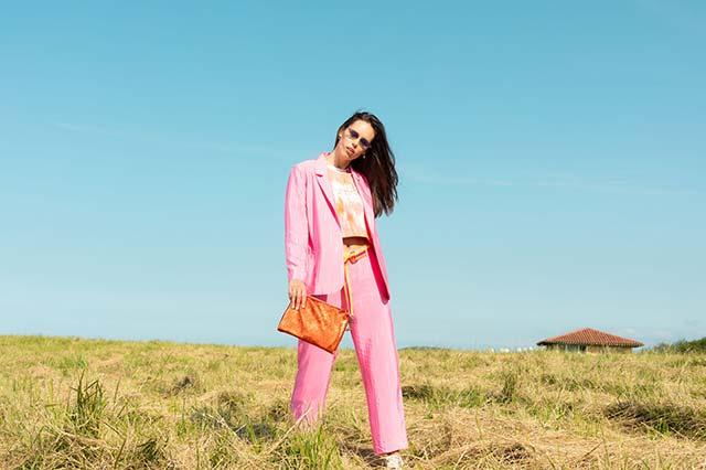 Fotografia de moda en exterior primavera verano